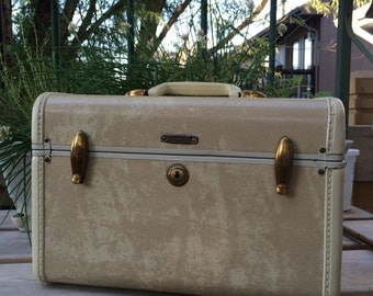 Vintage Samsonite Train Case -cream