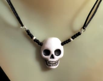 Skeleton Skull with Crown Pendant Ghoul Sculpture Death Mask Necklace Day of the Dead