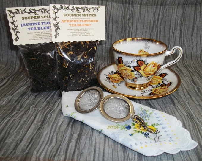 Tea Gift Set, Tea, Tea Set, Tea Cup, Tea Ball, Green tea, Loose Leaf Tea, Peach Tea, Hibiscus, Black Currant, Minty Licorice, Vintage 1920's