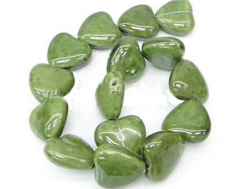 Porcelain Green Heart Beads x 4