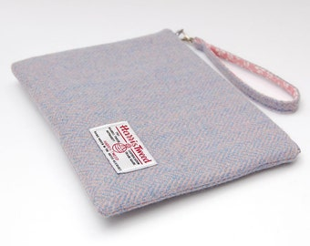 Harris tweed case, tweed pouch, pink wristlet, tweed clutch, ereader case, pink and blue tweed, gift idea, girl gift