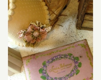 BIG SALE Antique Paris New York 1900s Candy Hinged Tin