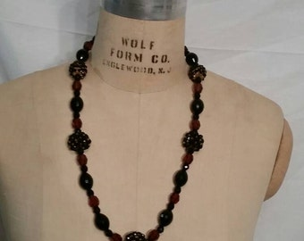 Nice vintage necklace, brown and black beads, stunning