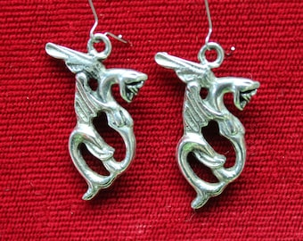 antique silver winged snake earrings,winged snake earrings,antique silver snake earrings,antiqued silver,teenagers,parties,