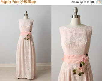 SALE 1960s Dress / Lace Dress / Sleeveless / Pink / Bridesmaid Gown / Cameo
