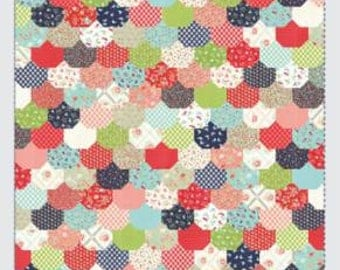 FALL SALE - In Stock - Quilt Kit - Clam Bake - Vintage Picnic fabric by Camille Roskelley