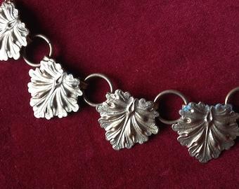 Vintage shabby leaf link necklace