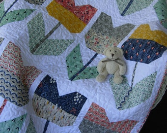 Baby Tulip Quilt Organic Baby Quilt Cloud 9 Fabrics Nursery Bedding Wall Hanging Table Topper