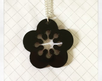 Retro Flower Necklace