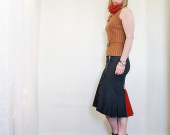 SALE upcycled clothing . XS - S . denim spandex skirt