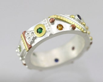 Totem Mother Ring with 8 Birthstones (Made to Order)