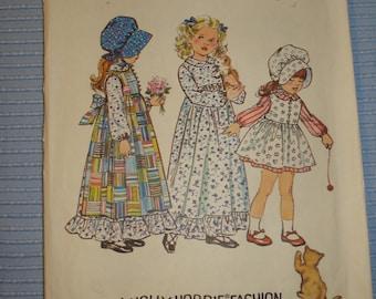 Simplicity 5996 Childs Holly Hobbie Dress Pinafore Bonnet Size 2