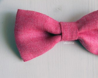 Men bow tie - Linen and silk bowtie - Italian bowtie -  Pre tied bow tie - Made in Italy - Fuchsia.