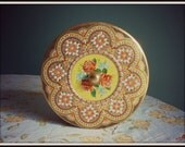 Vintage Daher Made in England Mid Century Enamel Knobbed Lid Roses Vibrant Color No Rust
