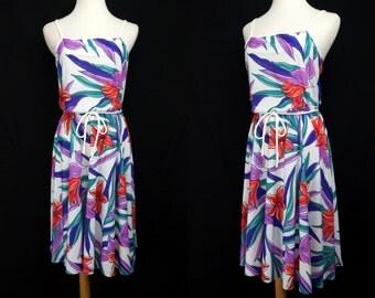 1970s Hawaiian Sun Dress Floral White Sleeveless Jersey Day Dress Small Medium