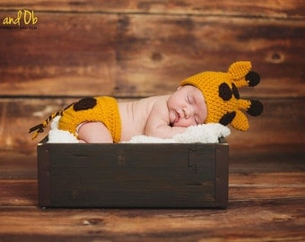 Giraffe Hat and diaper cover, Newborn to 3 Month, 3 to 6 month,  baby photo prop