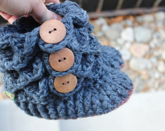 Ready to ship, LEATHER SOLES Padraig Wool Slippers Crochet Navy Blue Crocodile Stitch  Booties, shoes, socks 1-3 Year old 6.5 inches long