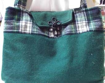 Green wool Purse