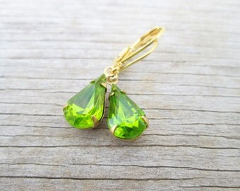 Vintage Peridot LIme Green Crystal Earrings, Gold Grass Estate Style