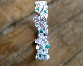 Emerald & Diamond Wedding Ring in 14K White Gold with Flower Buds and Leafs on Vine Motif Size 5