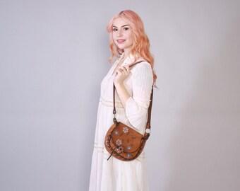 Vintage 70s PURSE / 1970s Tooled Floral Boho PAINTED Leather Hippie Shoulder BAG