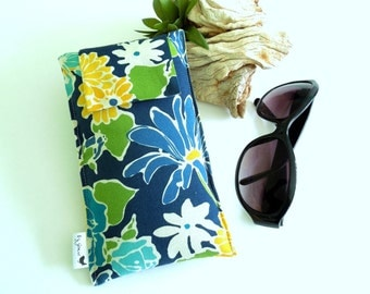 SALE Roomy Sunglasses Case in a Design of Flowers