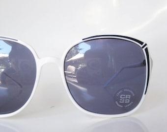 POP SALE 1970s White Sunglasses Black Womens Ladies Wayfarer Oversized Huge Indie Hipster Festival Italy Italian 70s Bright Boho Chic Bohemi