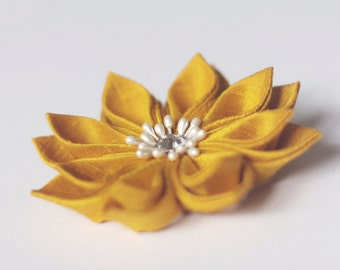Yellow flower pin, mustard brooch, goldenrod, wedding, bridal, silk, fabric, Japanese, kanzashi, floral, vintage, retro, UK, handmade