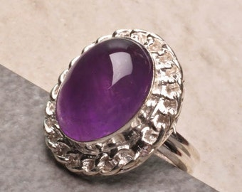 Sterling Silver and Amethyst Cabochon Ring Size 7