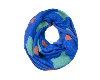 Oregon Love Infinity Scarf - Hand Printed Sweatshirt Fleece Circle Scarf in Heather Royal Blue Green and Red Q