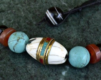 Tibetan Conch Bead Choker Necklace with Vintage Turquoise and Agate Beads