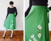1970s Green Painted Floral Wrap Skirt - XL 32 waist