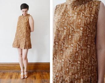 1960s Brown Sailboat Novelty Print Dress and Shorts