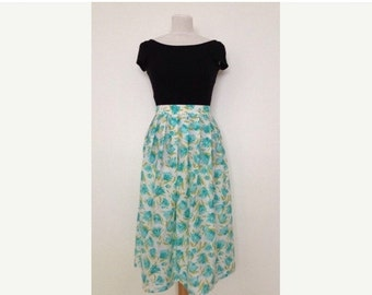 SUMMER SALE French vintage 1980s floral white and blue/green skirt - medium M