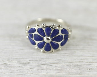 Vintage lapis lazuli ring in sterling silver in size 8