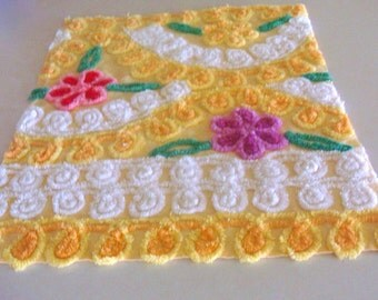 Yellow Floral Hearts Vintage Cotton Chenille Bedspread Fabric 18 x 24 Inches