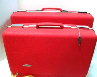 Vintage Set of SuitCases Cherry RED, Key, Forecast Brand w/ Pouches & Dividers, Clean Luggage, Mrs Santa Claus Christmas Travel Vacation