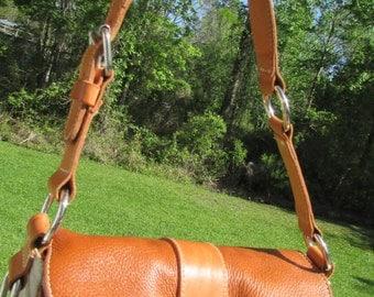 Fabulous ROOTS CANADIAN Cross Body Purse Handbag Great Size Mint