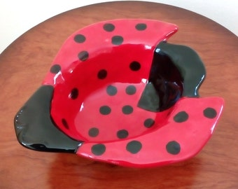 Ceramic Bowl Lady Bug Bowl Vintage Serving Bowl - Free Shipping