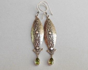 Balinese Sterling Silver peridot dangle Earrings / 2.50 inch long / silver 925 / Balinese handmade jewelry