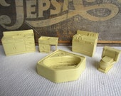 Vintage 1950s 1960s Marx Dollhouse Furniture Bathroom Kitchen Yellow