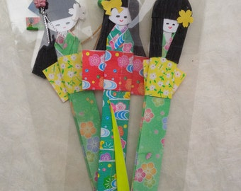 Japanese shiori bookmark origami dolls - Japan paper dolls in green kimono - handmade finished origami for gift