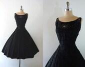 Vintage 1950s Embroidered Black Taffeta Rhinestones Full Skirt Cocktail Party Dress M