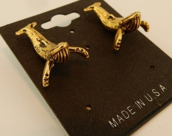 Vintage 3D gold plated pewter Humpback Whale sealife stud earrings with surgical steel post