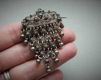 Victorian Etruscan Cannetille Fringe Brooch / European Silver Filigree Articulated Pin