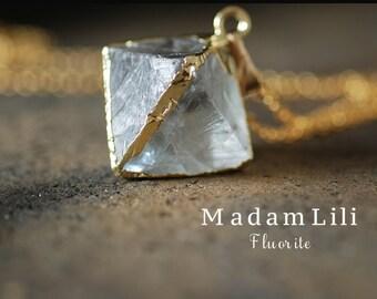 AMORE Fluorite Pendulum Gold Plated Necklace