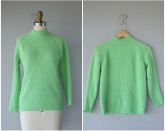 1960s Sweater | Angora Sweater | 60s Sweater | 1960s Wool Sweater | Raglan Sleeve Sweater