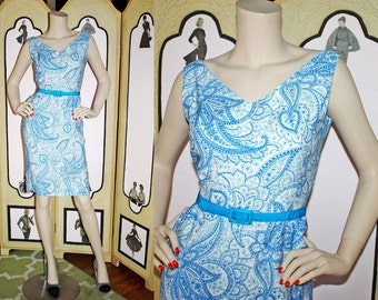 Vintage 1960's Aqua and White Paisley Wiggle Dress. Small.