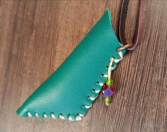 Green leather pouch medicine bag amulet pouch leather accessories leather neclace Native American inspired - be unusual - unisex accessories