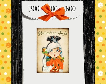 12 PAK Vintage Halloween Girl Pumpkin Favor Bags / Cool Folded Top With Text / School Classmates Kids Adults / Candy Treat Bags / 3 Day Ship